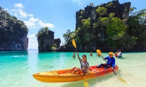 Thailand:white sand & clear water welcome!